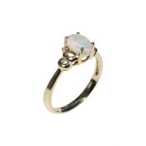 CIRCLE OF LOVE 9kt GOLD & DIAMOND OPAL RING