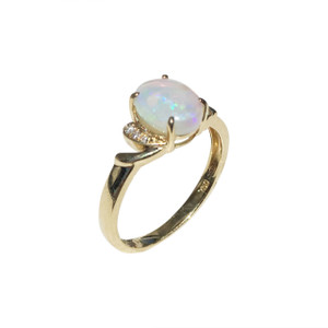 OPAL FANTASY 18kt GOLD OPAL RING