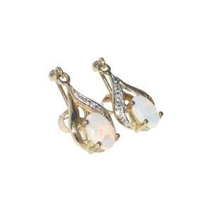 GRACEFUL LOVE 9kt GOLD OPAL EARRINGS