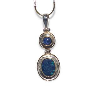 OPAL NECKLACE WITH IOLITE