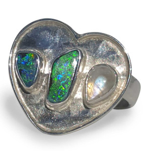 OPAL RING WITH MOONSTONE