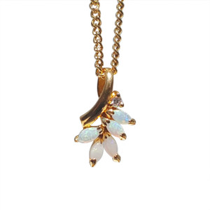 5 LEAF 18kt GOLD PLATED OPAL NECKLACE