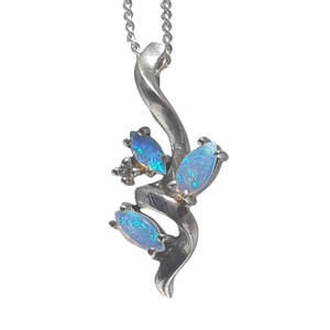 CRYSTAL BLUE OPAL ROOTS STERLING SILVER  NECKLACE