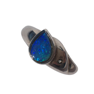 AQUA SEA RAINDROP SILVER OPAL RING