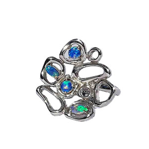 BLUE TRACE STERLING SILVER SOLID WHITE OPAL RING