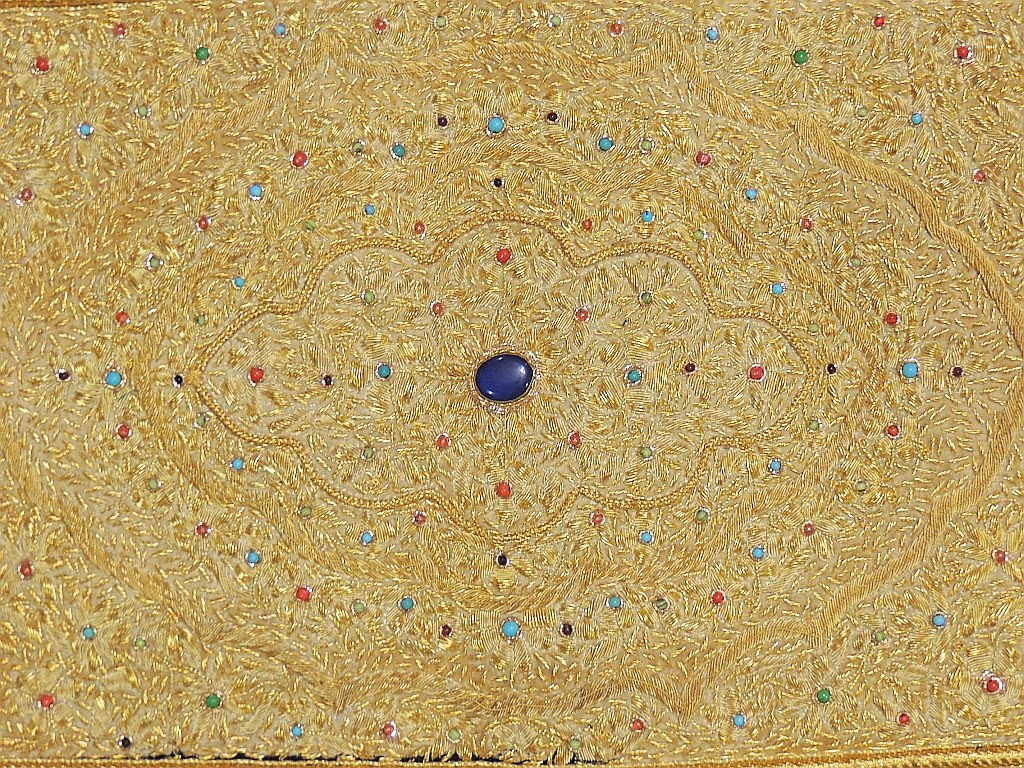 Jewel Carpet Wall Decoration – Kashmir Gold Zardozi and Semi ...