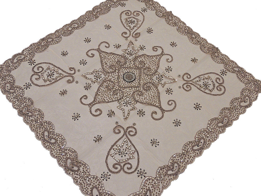Merveilleux Luxury Tablecloths U2013 Indian Style Table Linens With Gold Beads On Net  Fabric.
