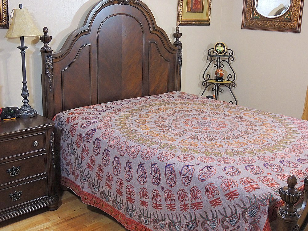 Beautiful indian design bedspread mandala hand embroidered for Beautiful bedspreads