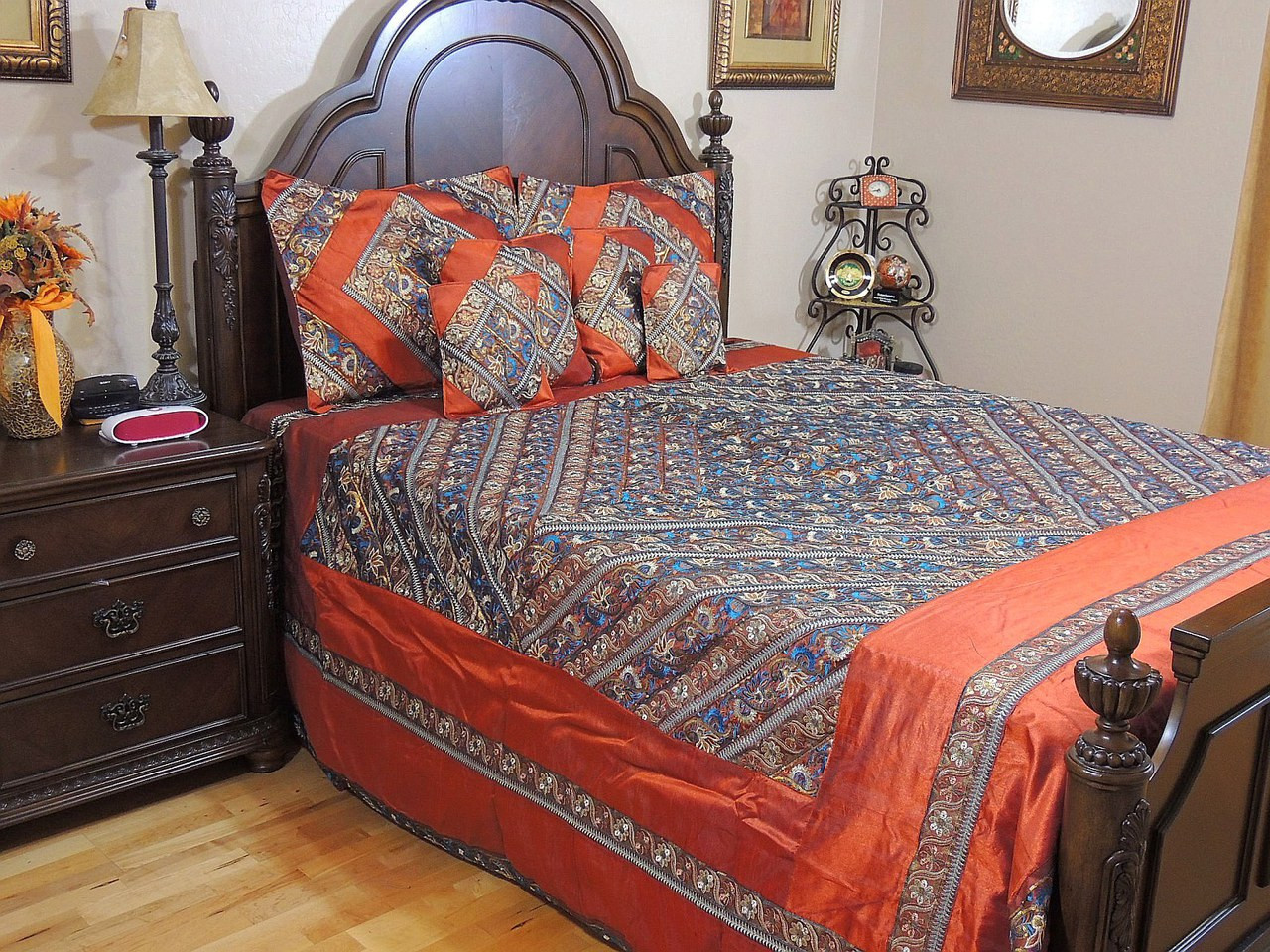 Luxury Queen Duvet Cover Set With Pillow Shams   Bohemian Indian Bedding.