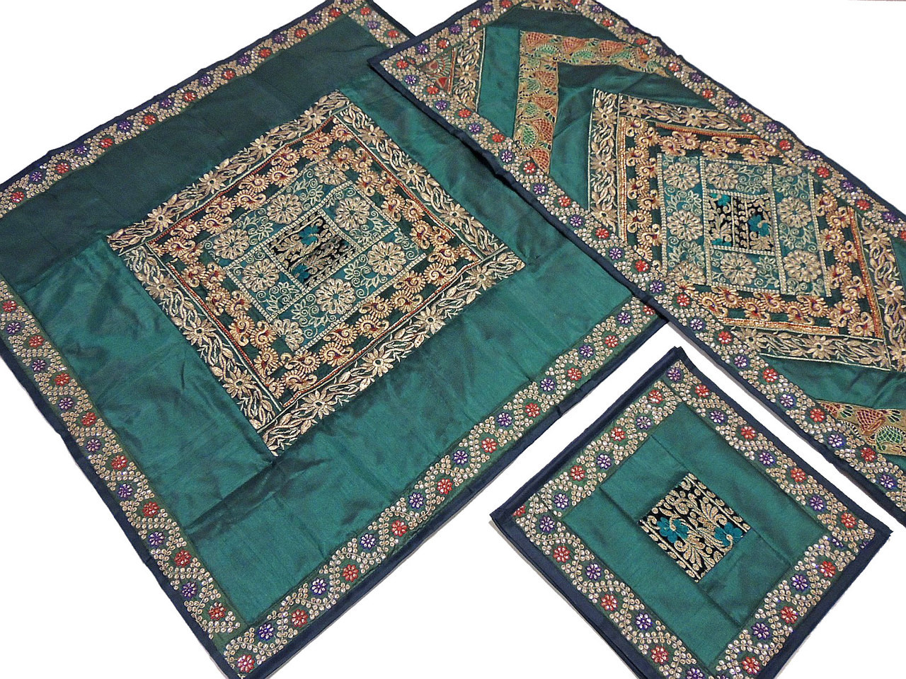 Decorative Table Linens Set   Green Fine Embroidery Designer Overlay Runner  Placemats.