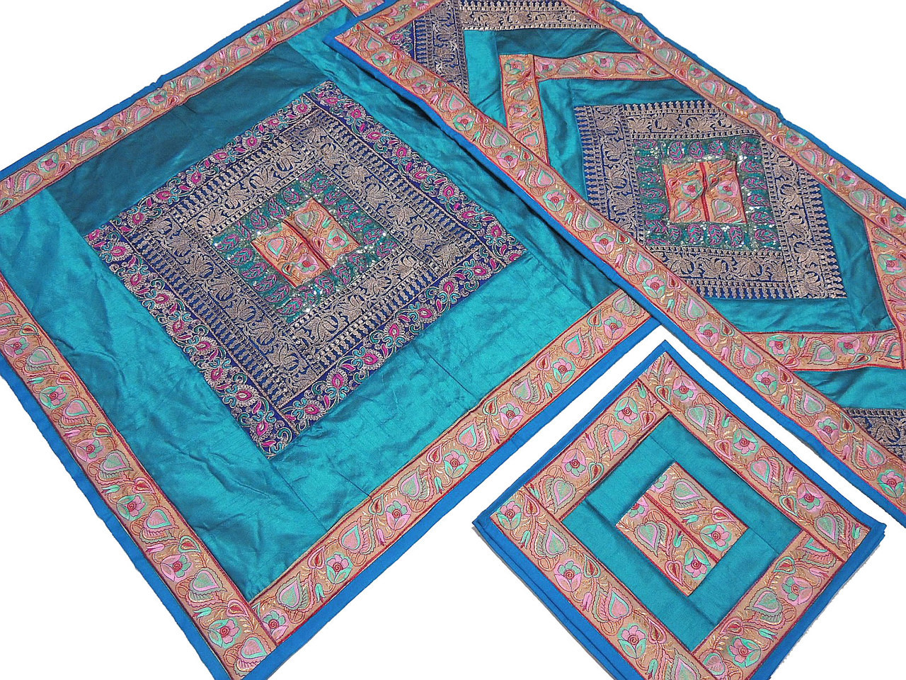 Teal Pretty Table Linens Set   Indian Embroidered Tablecloth Runner 4  Placemats.