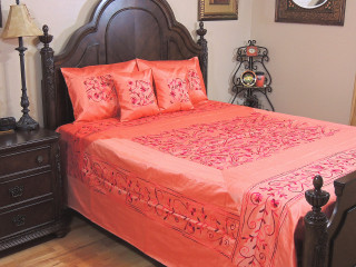 Coral Kashmir Embroidery Bedding Set - 5P Floral Sumptuous Bedspread Pillow Shams ~ Queen