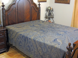 Pari Mahal Blue Wool Bedding - Unique Woven Paisley Pattern Bedspread ~ Queen