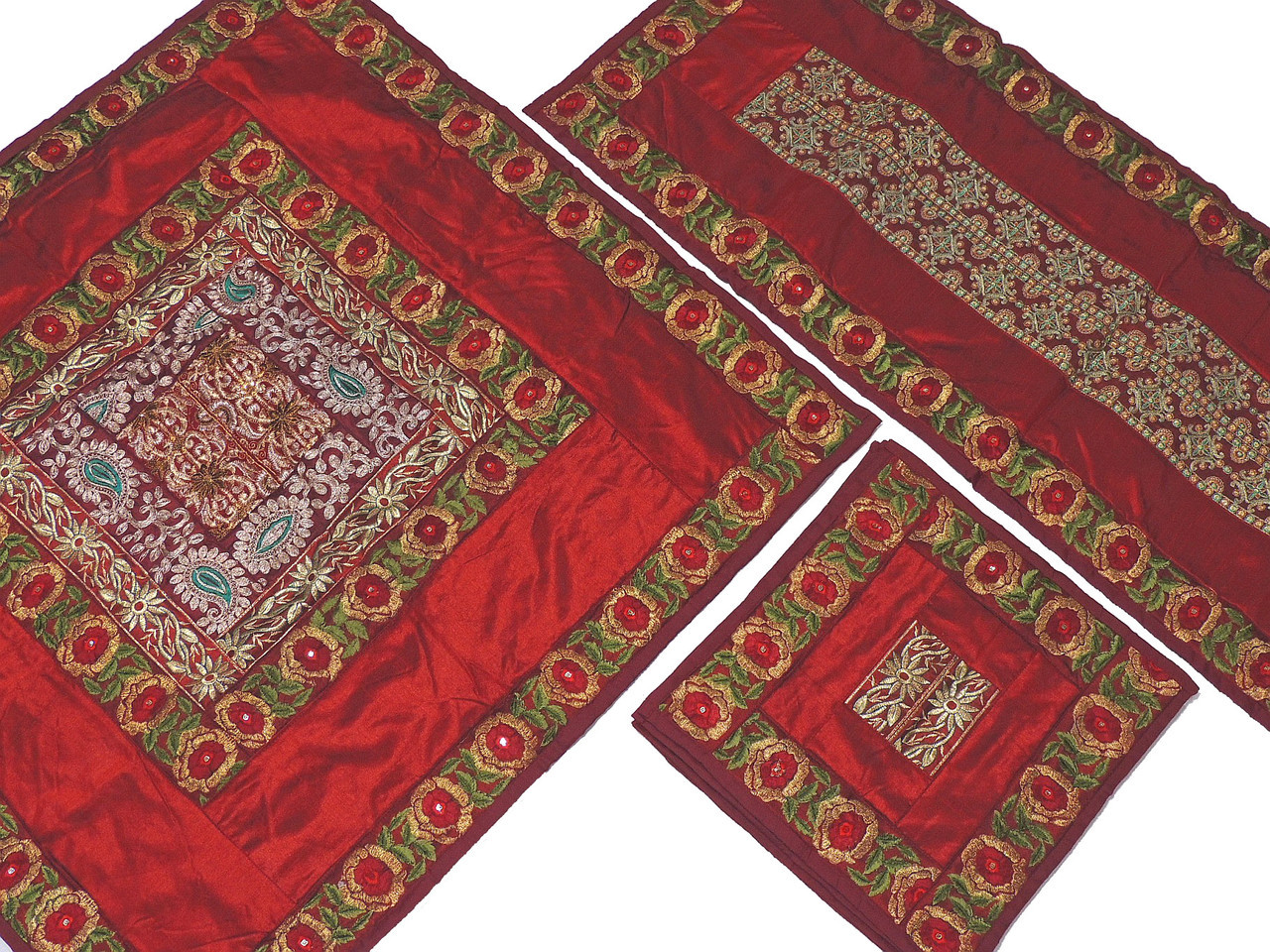 Charmant Burgundy Pretty Table Linens Set   Indian Embroidered Tablecloth Runner 4  Placemats.