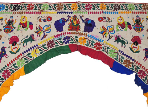 "Ivory Vintage Embroidered Ganesha Elephants Valance Toran - Doorway Topper Gate 82""x62"""