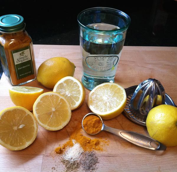lemon-turmeric-anti-inflammatory-600.jpg