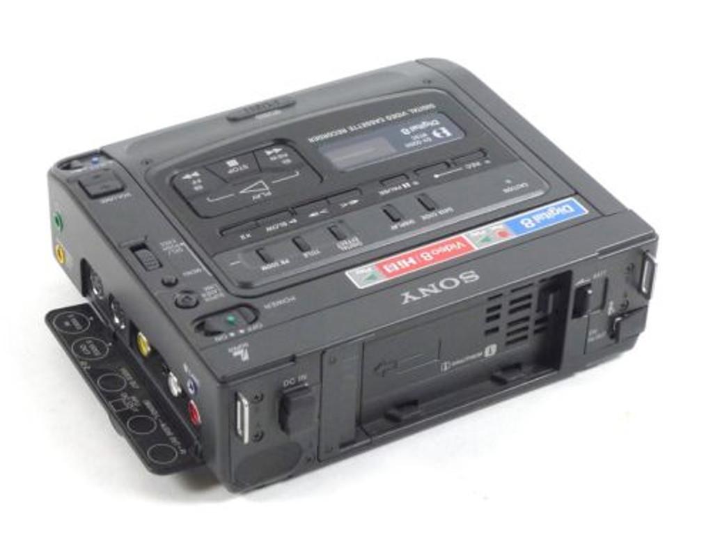 Sony Digital 8mm/Hi8 Video Walkman GVD200