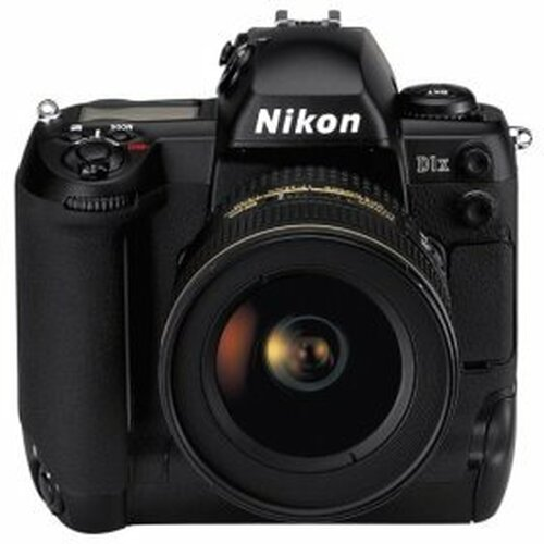 Nikon D1X Digital camera 5.3 Mpix body only