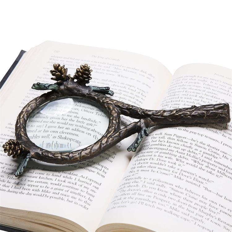 Pinecone Reading Magnifier