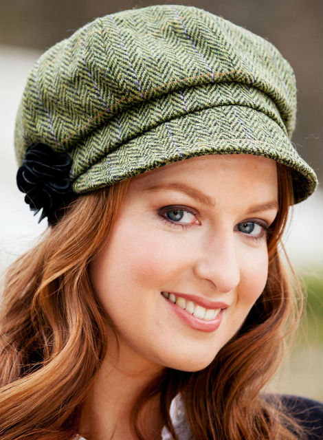 Ladies Tweed Newsboy Hat - Light Green Plaid