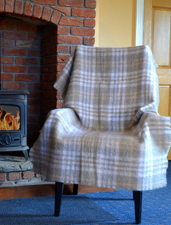 Mohair Plaid Knee Throw - Oatmeal White