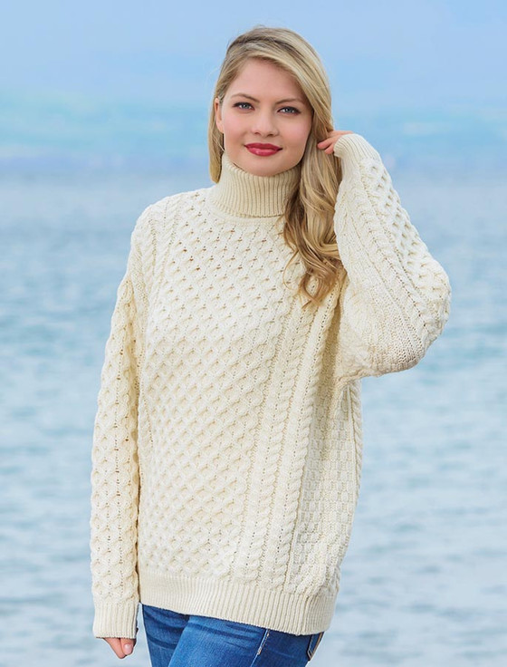 Knitting Patterns Womens Turtleneck Sweaters : Womens Merino Wool Turtleneck Sweater Aran Sweater Market