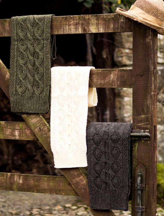 Aran Merino Wool Leaf Scarf