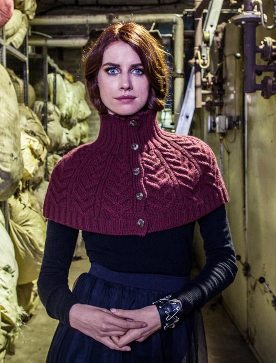 Cabled Capelet with Buttons - Berry
