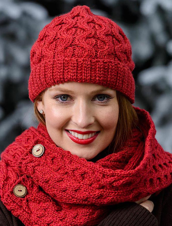 Merino Wool Cable Knit Hat - Chillipepper