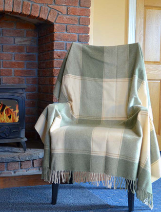 Lambswool Plaid Throw - Beige Sage Green
