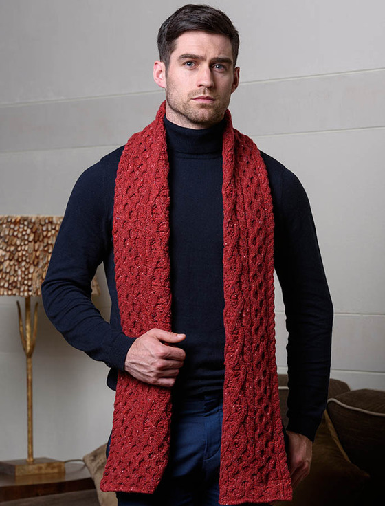 The Aran Sweater Market is truly a beacon for scarf lovers. With a huge selection of men's scarves you will easily find your perfect wool scarf at our online Market. Free Worldwide shipping offer. Made in Ireland. Natural Wool.