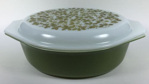 Vintage Pyrex oval casserole green white berries olives verde cover