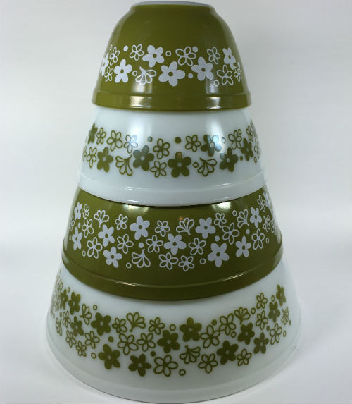 Vintage Pyrex Nesting Bowls Green Daisy Set of 4 Stacked
