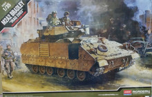 Academy 1/35 M2A2 OIF Bradley Iraq 2003