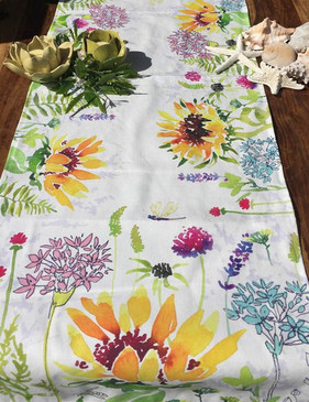 Table Runner - Sunflowers in The Wild
