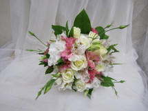 Roses & Alstromeria Bouquet - BEST VALUE