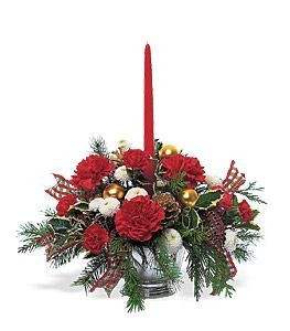 Send the best of the season to family and friends with this festive table centerpiece.