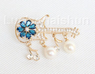 """2""""X1"""" violin shape white south sea shell pearls Brooch crystal gold plated j10775"""