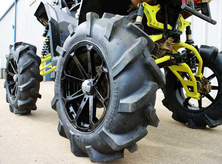 Highlifter Outlaw R2 Tire 33x9 18 Redneck Radios