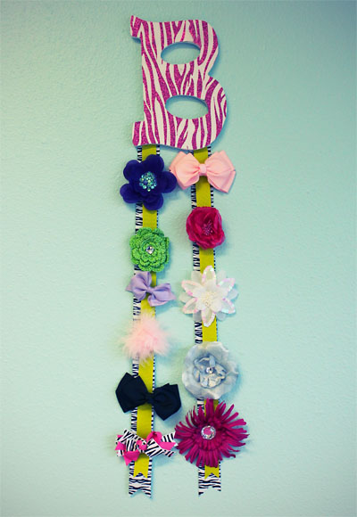 How To Make A Decorative Letter Bow Hanger The Hair Bow