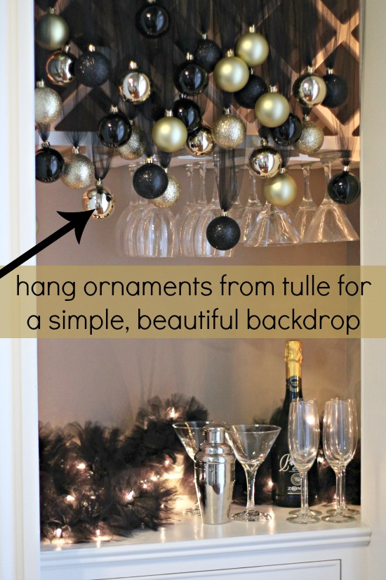 Simple Budget Friendly Nye Decorations The Hair Bow Company