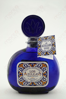 Los Azulejos Tequila Reposado 750ml