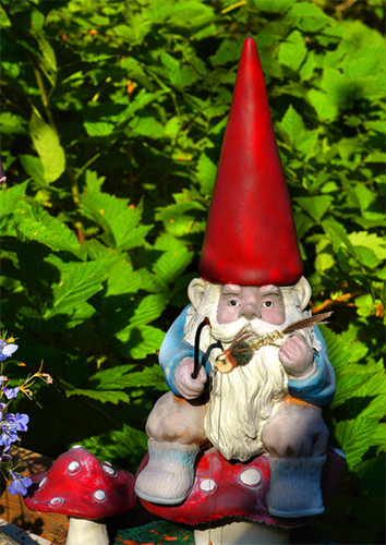 gnome-fly-tyers.jpg