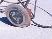 SW temperature gauge Stewart Warner