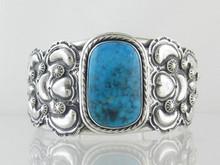 Sterling Silver Kingman Turquoise Bracelet (BR4633)