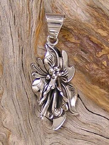 Sterling Silver Calla Lily Flower Pendant