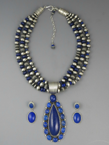 Three Strand Lapis Pendant Necklace Set by LaRose Ganadonegro