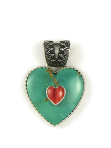 Front view of Kingman turquoise heart pendant with a spiny oyster shell heart by Elgin Tom.