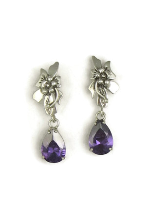 Amethyst Silver Flower Earrings by Les Baker Jewelry