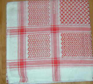 Red & White no Tassels Shemagh Scarf
